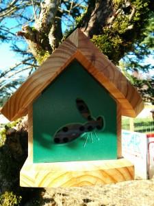 Mason Bee house. Mason Bees are very low-maintenance native bees for Western Washington.